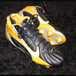 Nike Football Cleats 10.5 US Size